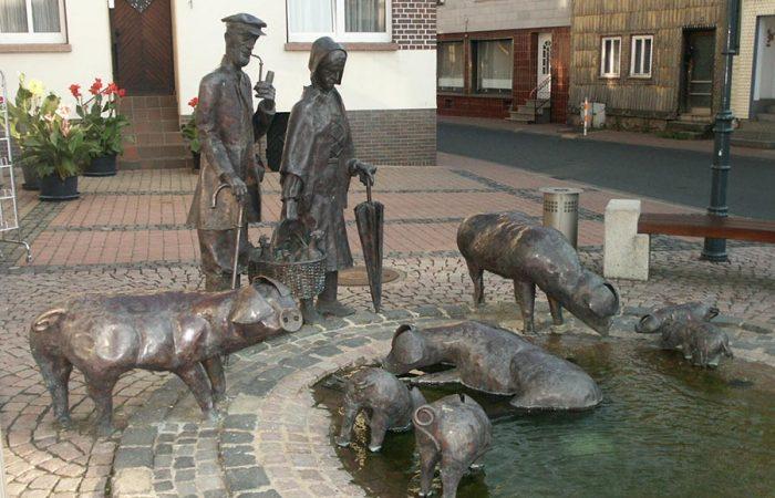 SteinauSchweinebrunnen